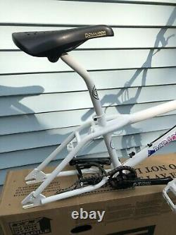 2021 GT Pro Performer 20 BMX freestyle Bike Bicycle Heritage Frame Forks White