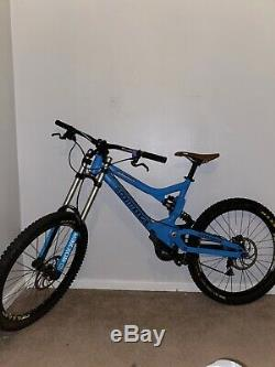 Commencal meta custom downhill mountain bike