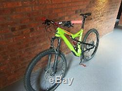 Specialized Camber Comp Carbon 650b 2017 With Hope Upgrades 100km Ridden £3200