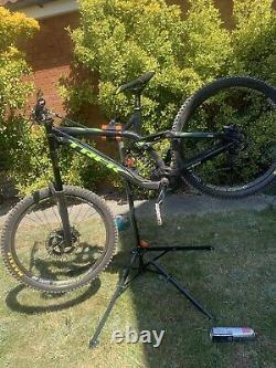 Trek session Medium 8.8 Downhill Mountain Bike