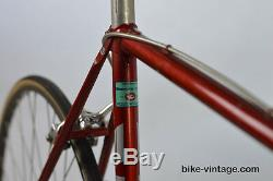 Vintage Bianchi Bicycle Columbus tubing Shimano 600 ex components road race bike